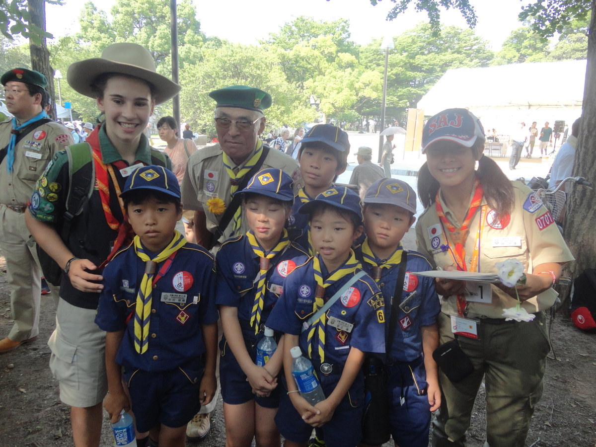 peace_ceremony_hiroshima_14-08-05_14h17min09s.web